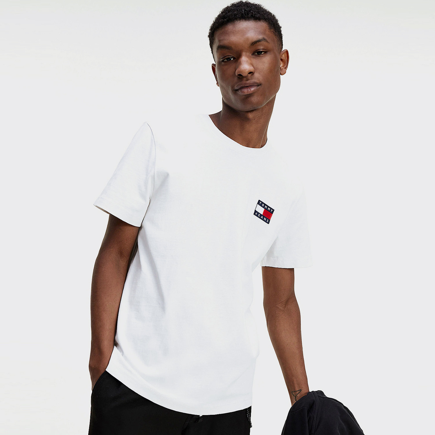 Tommy Jeans Badge Ανδρικό T-Shirt (9000065057_1539)